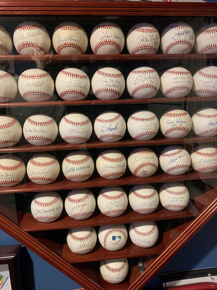 autographed-baseballs_800