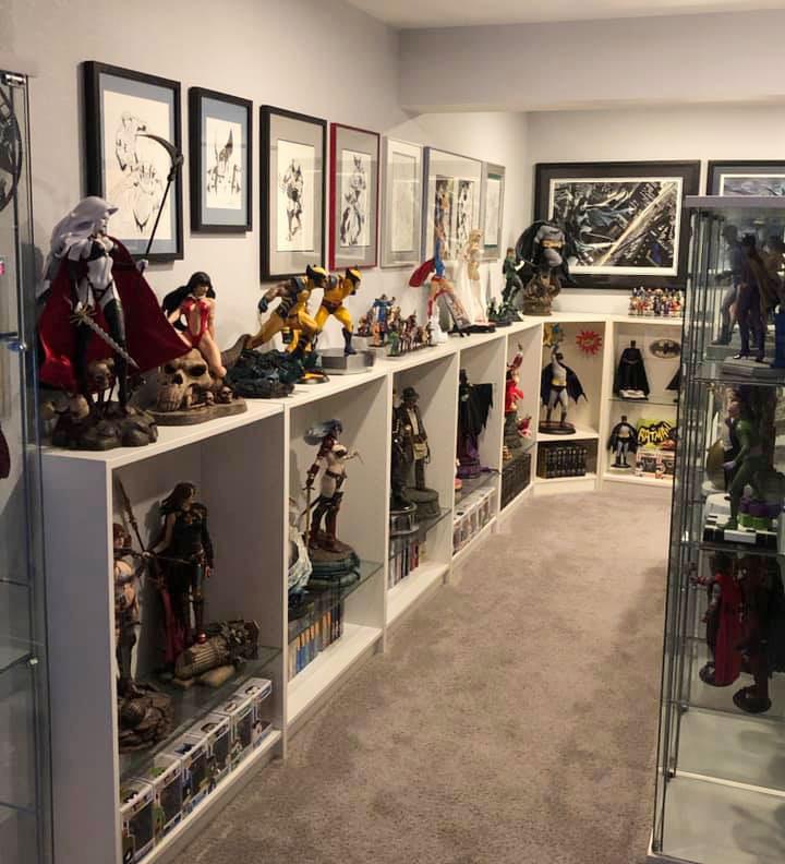 statues-display-room
